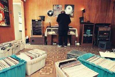 Dancing_ Ecastatic USA, Houston 1971-2000, DJ Screw Special 01.04.15 Radio Episode